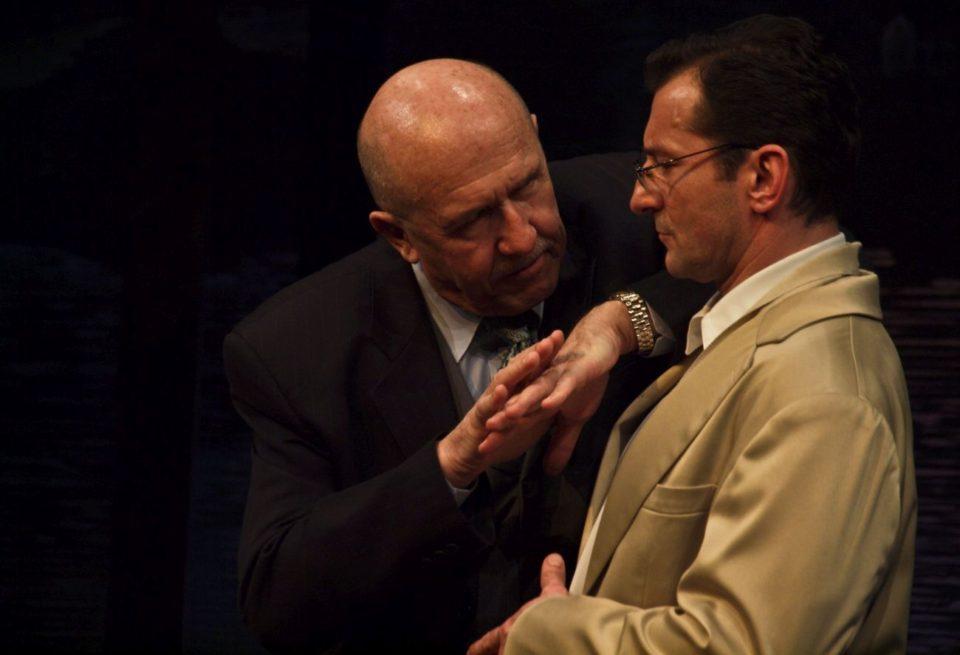 Luigi Chiarelli: MASKA A TVÁŘ