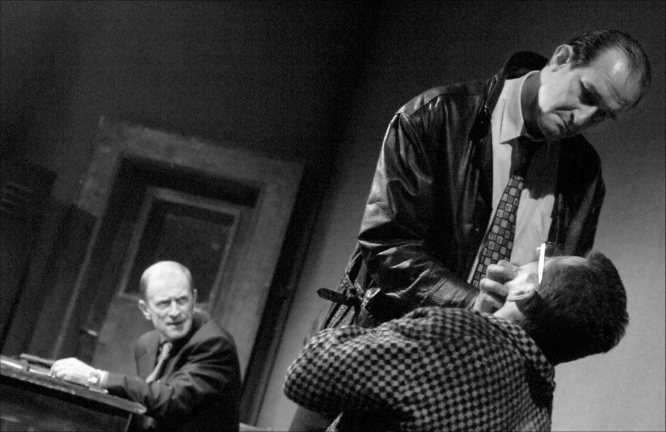 7_Pan_Polstar. Martin McDonagh: Pan Polštář  (režie Ondřej Sokol, 2005; Michal Pavlata, Jaromír Dulava aOndřej Vetchý)  Foto Pavel Nesvadba